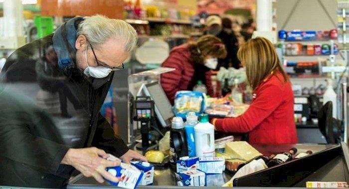 Cum ne putem proteja de infecţia cu coronavirus la cumpărături