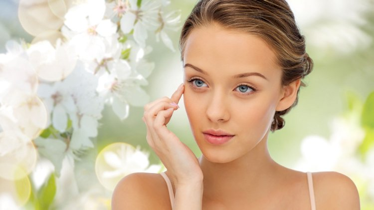 Cum îți pregătești pielea și tenul pentru lunile reci din an