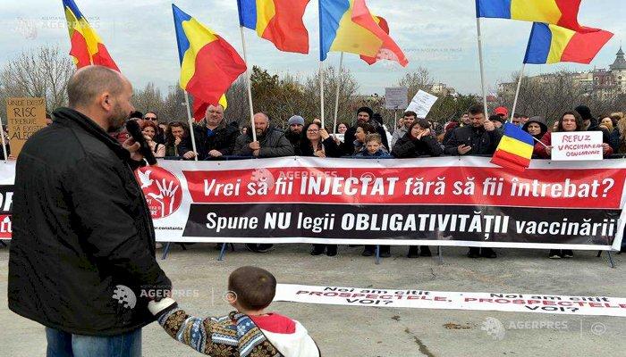 Proteste faţă de vaccinarea obligatorie în Capitală și în mai multe orașe din țară
